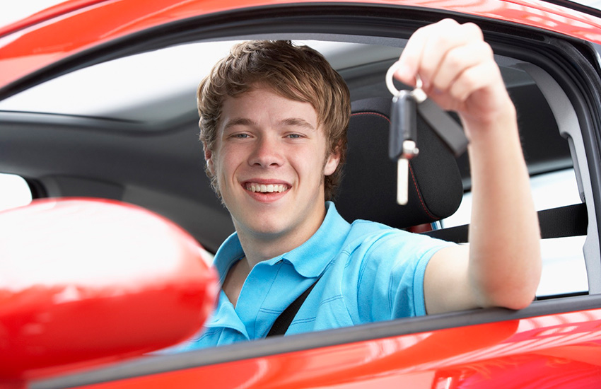 Pass your driving test with the help of Scorpio driving school